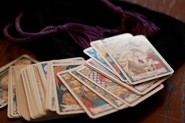 Tarot- kortti tulkintaa  pe12.1.18  klo 11- 18